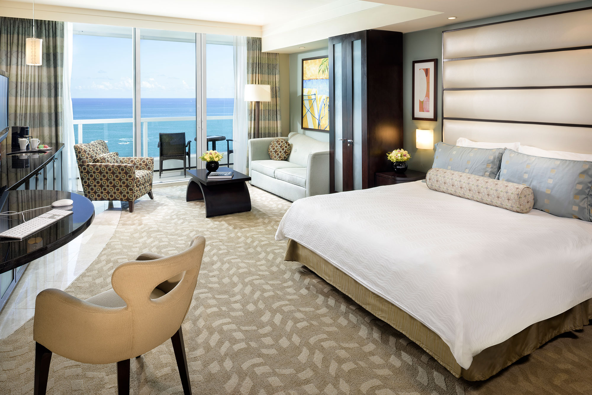 Sorrento Oceanfront Junior Suite 2