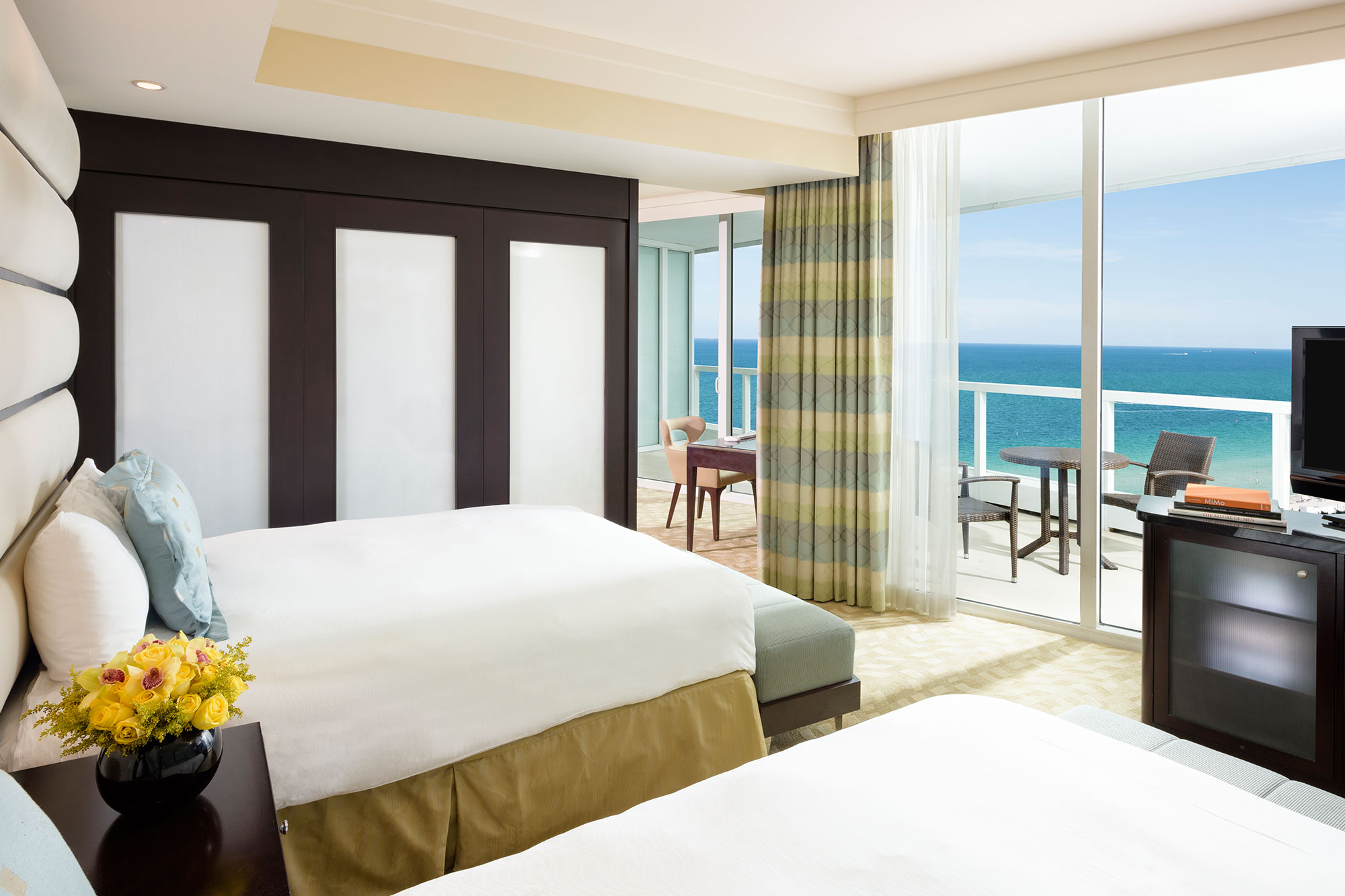 Sorrento Oceanfront Junior Suite 1