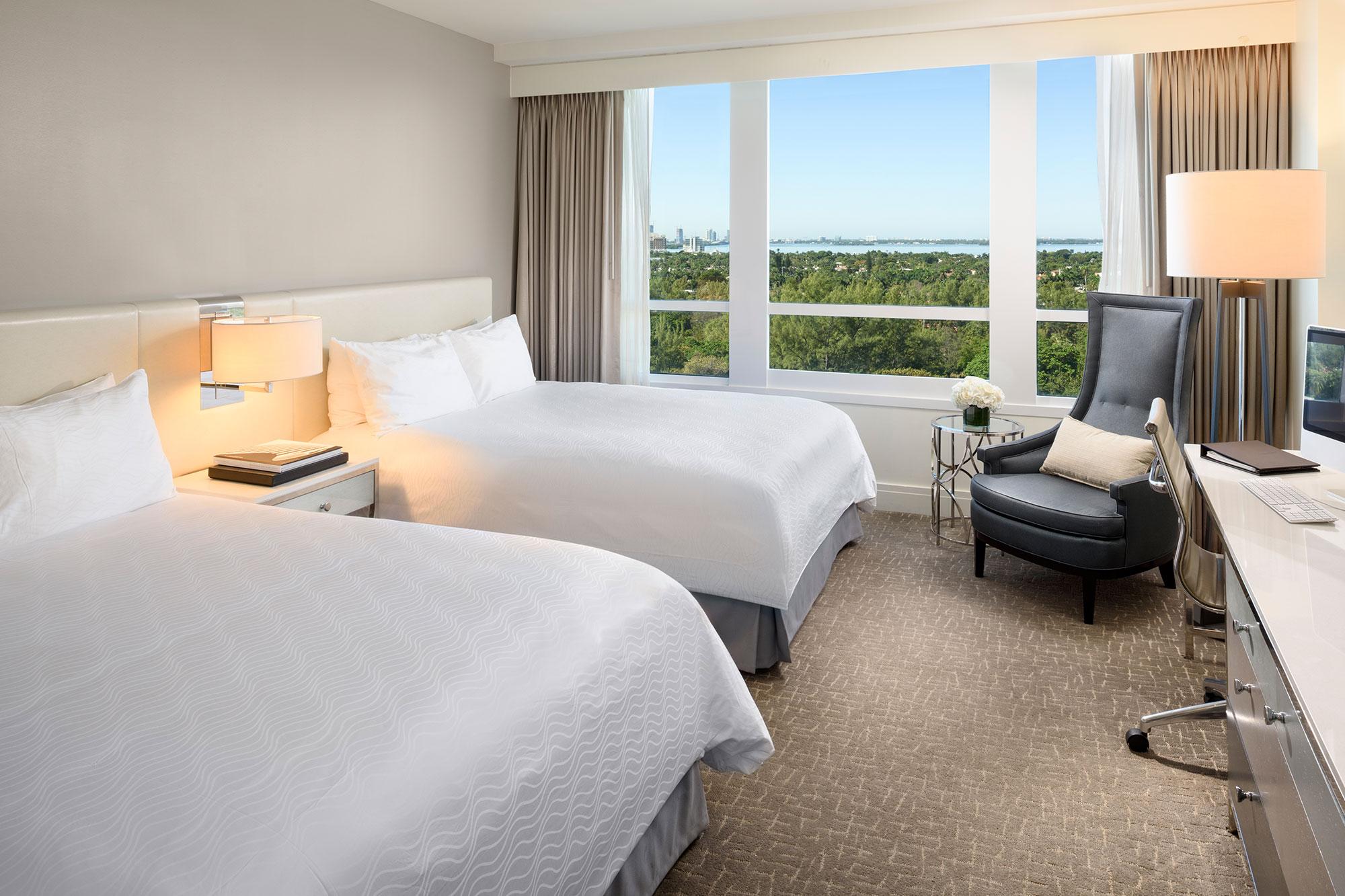 Deluxe Bay View Guestroom 1