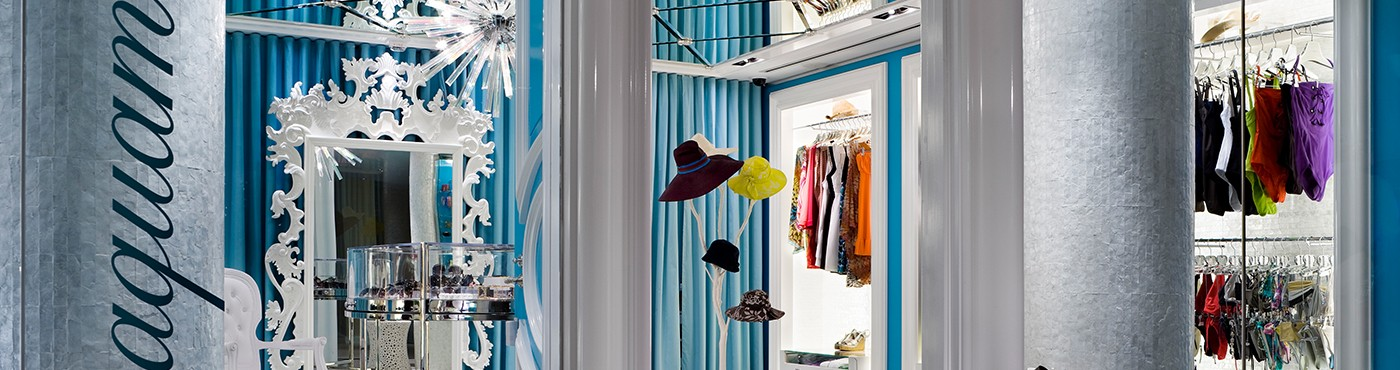 Miami Beach Retail Shop With Bathing Suits