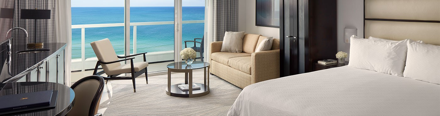 Luxury Miami Beach Suite With Sitting Area